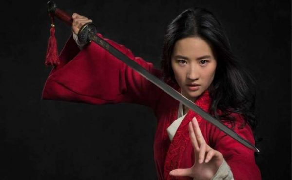 Disney revela primera imagen de Yifei Liu como Mulan