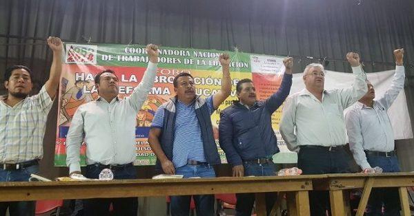 Marchará Sección 22 contra el informe del presidente Peña Nieto