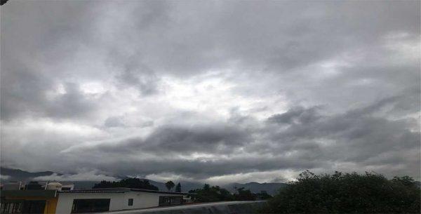 Prevén ambiente caluroso y lluvias durante el fin de semana en Oaxaca
