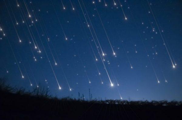 Lluvia de estrellas iluminará el cielo este fin de semana