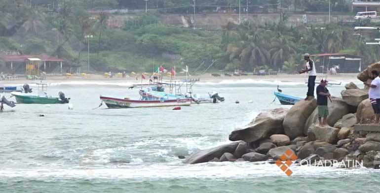 Cierran navegación en puertos de la Costa de Oaxaca por marejada