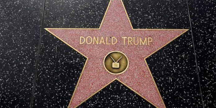 Piden retirar estrella de Trump del Paseo de la Fama
