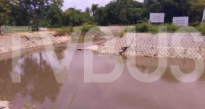 La falta de dragado provocó que el arroyo en Palo Gacho se desbordara: PC