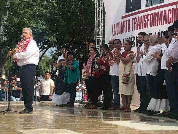 No le daremos dinero a CAO, afirma López Obrador en Ixtepec