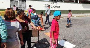 Por omisión en conflicto de la Benito Juárez, padres bloquean Libertad