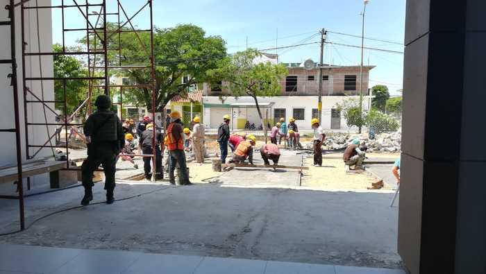 Avanza en tiempo y forma reconstrucción del Hospital General de Juchitán (6)