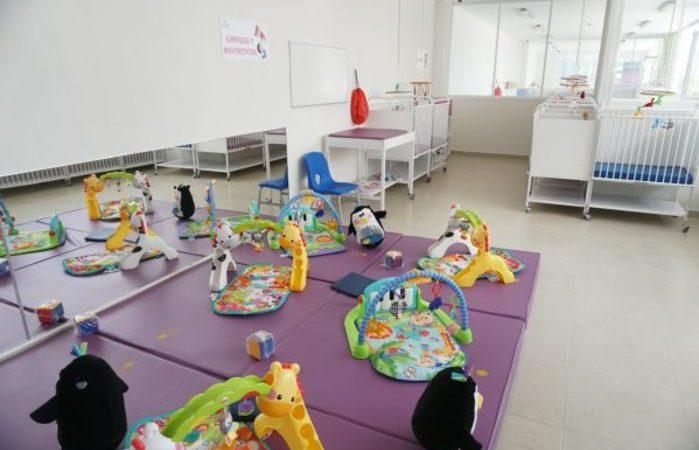 Apuñalan a cinco personas, incluidos bebés, en guardería de NY