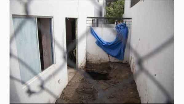 Asesina a su ex pareja y la entierra en patio de su casa en Puebla