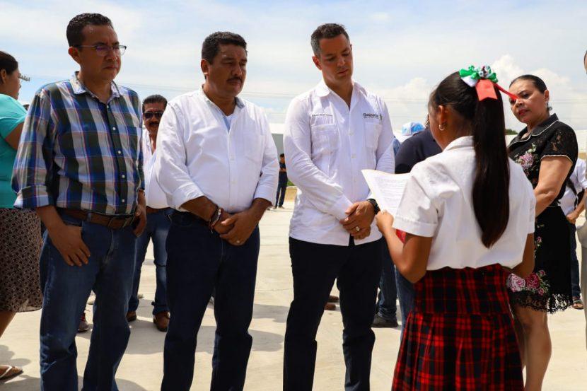Fortalece Gobierno de Oaxaca infraestructura social y educativa de la Costa