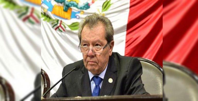 Pide Muñoz Ledo a Charrez responder por accidente que dejó 1 calcinado
