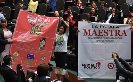 Diputados tunden a Rosario Robles