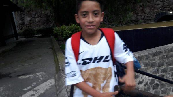 Debuta niño tuxtepecano con fuerzas básicas de Pumas