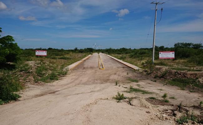 """Ayuntamiento de Juchitán invierte en colonia """"fantasma"""""""
