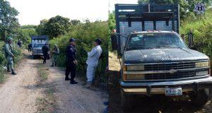 Asegura SSPO vehículo con hidrocarburo, dos tomas clandestinas  y dos armados