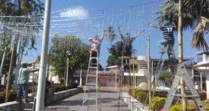 Sin funcionar 2 mil lámparas en Tuxtepec, pero ya preparan nuevamente la villa navideña