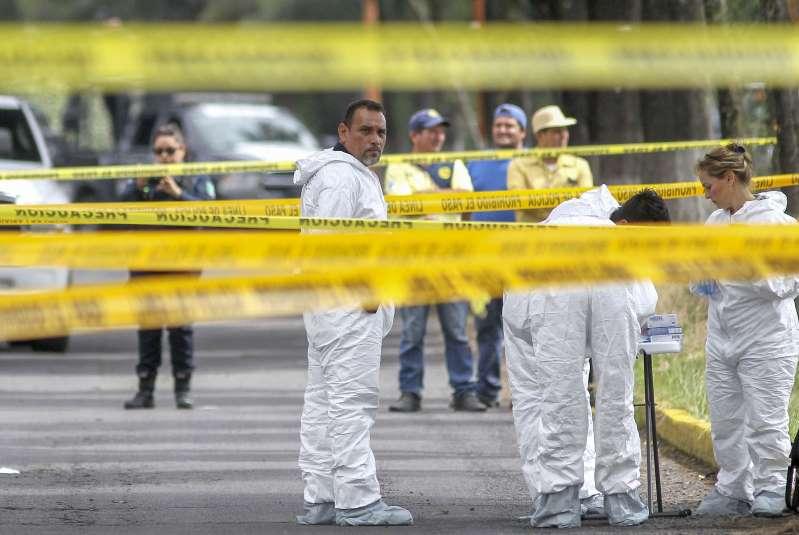 Mujer, sospechosa del asesinato de niña hallada en maleta
