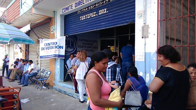 Sin incidentes inicia elección interna del PAN en Tuxtepec