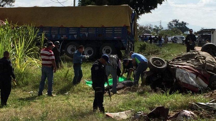 Fatal accidente deja 5 muertos en Oaxaca