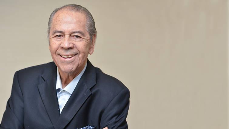 Muere Lucho Gatica