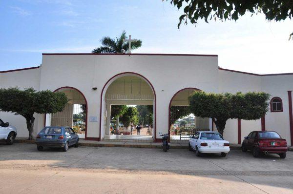 Habilitan más espacios en panteón de Tuxtepec; se registran 5 defunciones diarias por covid
