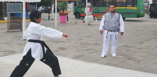 Jóvenes tuxtepecanos se alistan para el evento estatal de Taekwondo y buscar la Olimpiada Nacional