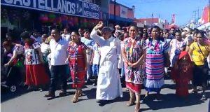 Cientos de tuxtepecanos participan en peregrinación en honor a la Virgen de Guadalupe