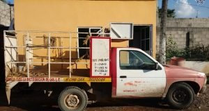 Aseguran vehículo con reporte de robo en carretera Tuxtepec-Loma Bonita