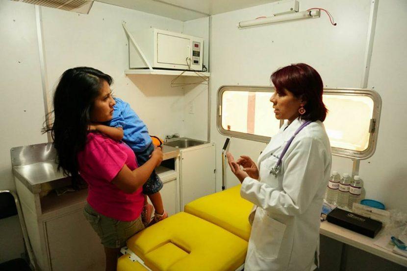 En apoyo a familias de Xoxocotlán, otorgan servicios médicos gratuitos en Casas de Salud