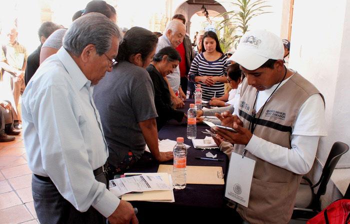 """Si deseas ingresar a los programas del Gobierno Federal, acude al """"Censo para el Bienestar"""" en el Palacio Municipal"""