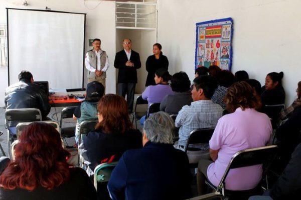 Capacita Gobierno capitalino a docentes  y padres para actuar ante desastres