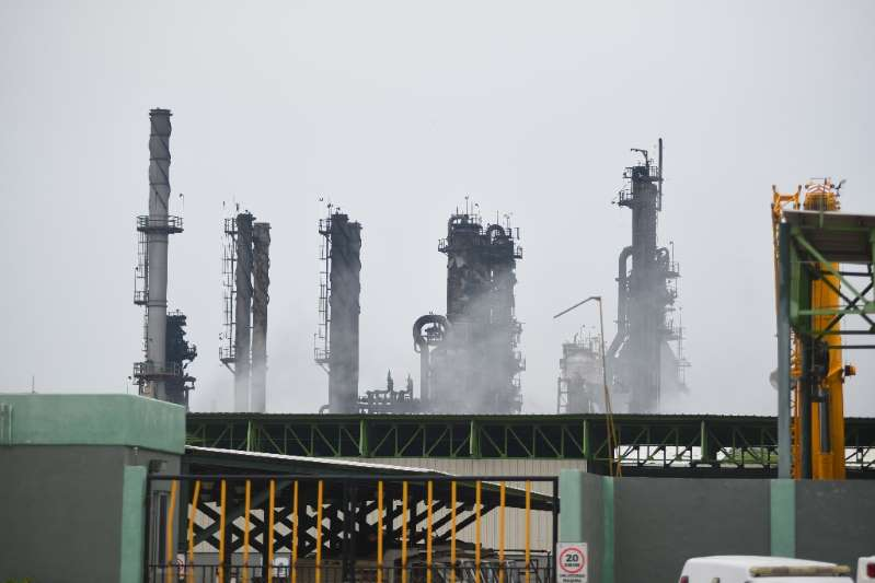 'Atorados' en Pajaritos, Tuxpan y Tampico 36 barcos petroleros
