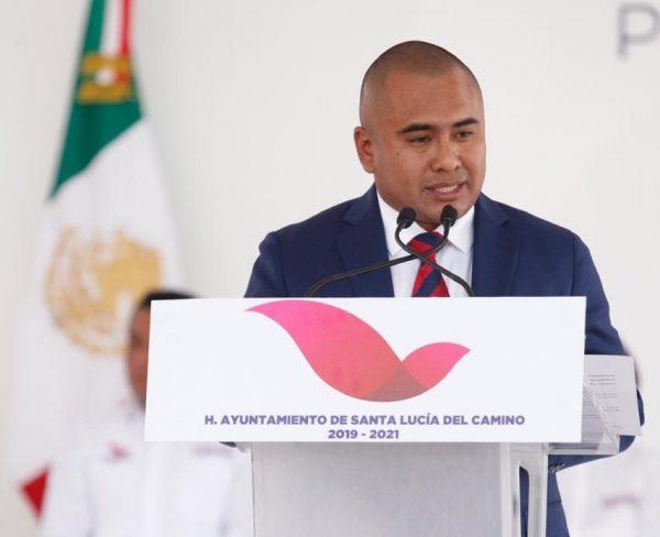 Se compromete Dante Montaño a  transformar Santa Lucía del Camino
