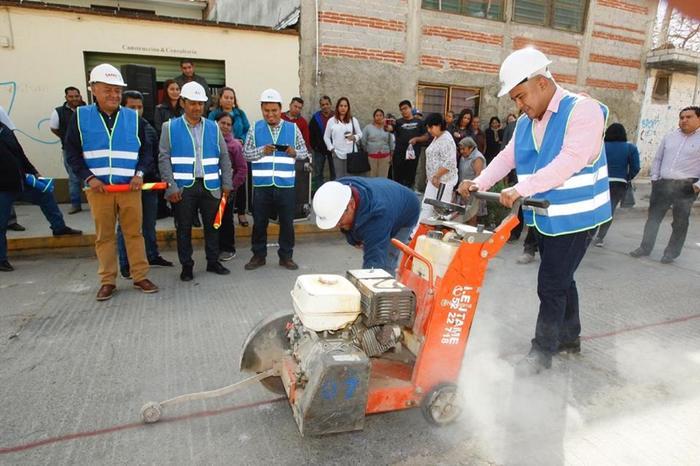 BOLETÍN 016.- Gobierno Municipal impulsa desarrollo social en Santa Lucía con obra hidráulica de la Colonia Guelatao (2)