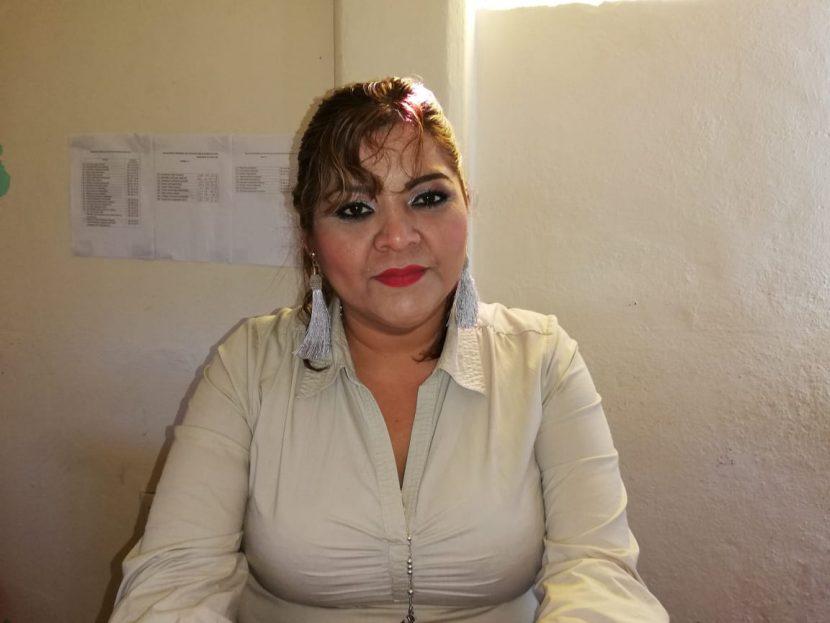 """Sindica de Chiltepec pedirá al cabido aprobar programa  """"Peso X Peso""""  en apoyo a las escuelas."""