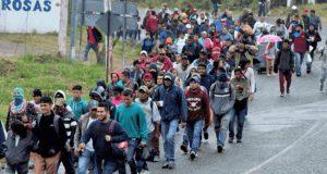 Caravana de 500 migrantes arriba al Istmo de Tehuantepec
