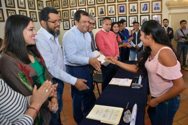 Gobierno de Oaxaca de Juárez e INSUS brindarán seguridad jurídica patrimonial a más familias