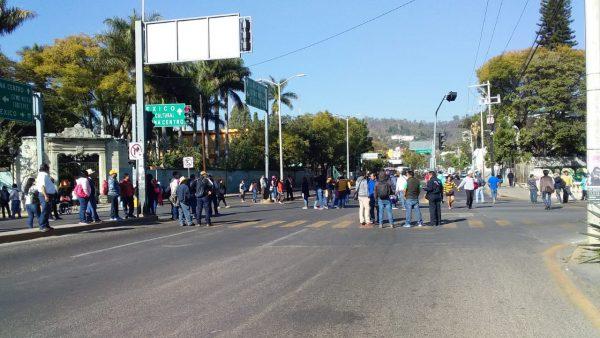 Formadores de Docentes accionan por segundo día en Oaxaca