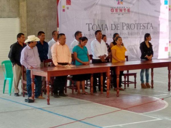 No renuncié a la presidencia, ya tomé protesta: Presidenta de Tlacoatzintepec