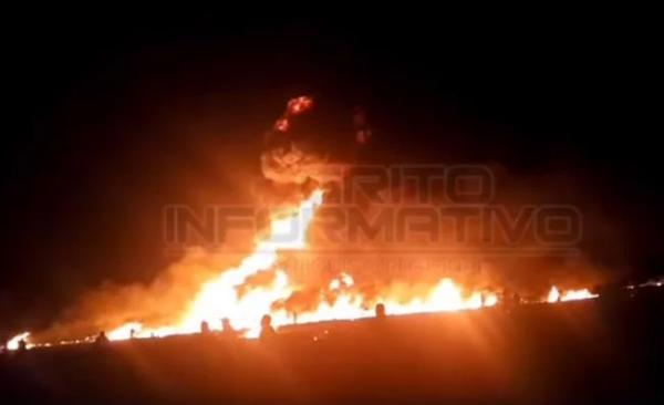 Estalla toma clandestina en Hidalgo; hay personas quemadas