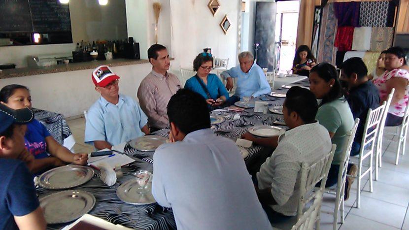 """Se organizan empresarios de Tuxtepec para impulsar la campaña """"Yo consumo local"""""""