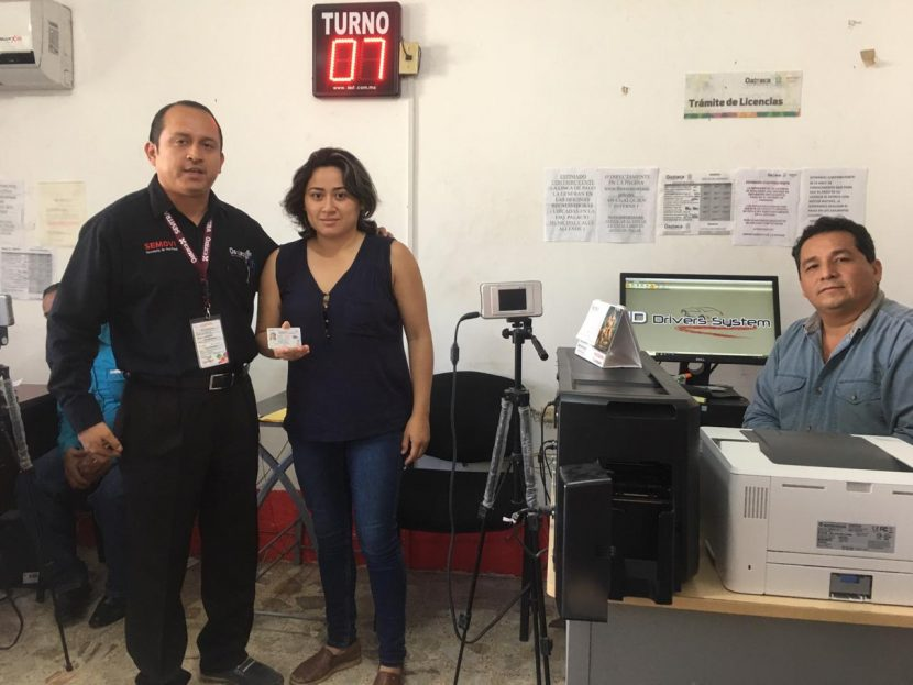 Inicia la entrega de licencias permanentes en Tuxtepec