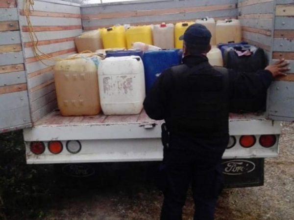 Aseguran más de 2 mil litros de huachicol en el Istmo