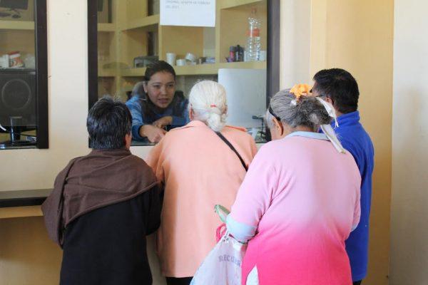 Benefician a más familias de Xoxocotlán con descuentos en el pago predial