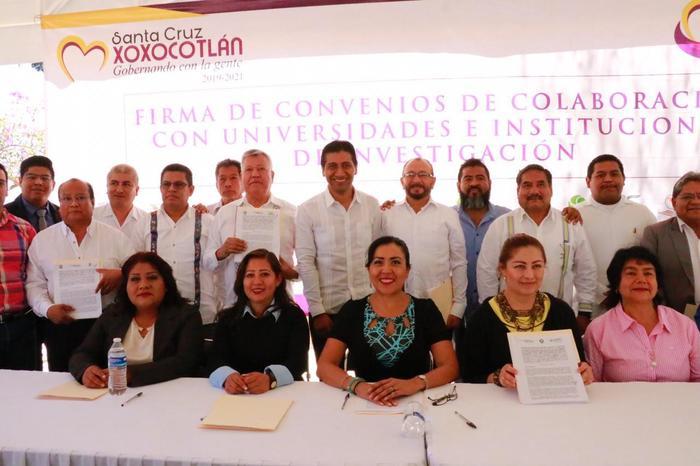 La educación y los jóvenes son el motor de cambio que nuestra sociedad necesita: Alejandro López Jarquín