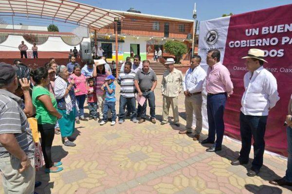 Oswaldo García Jarquín arranca labores de embellecimiento en San Juan Chapultepec