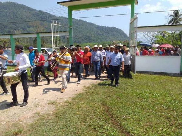 Celebran y reconocen al Ejido de Valle Nacional por su 76 aniversario
