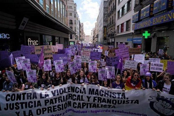 Miles de mujeres tomaron las calles del mundo en el marco del Día Internacional de la Mujer