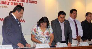 -Tras firma de convenio con la UABJO Impulsa Laura Estrada profesionalización y mejoras en el Poder Legislativo