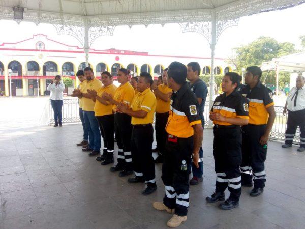 Acredita Cruz Ámbar a nuevos brigadistas en Tuxtepec