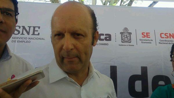 Anuncian arribo de farmacias y una universidad en Tuxtepec